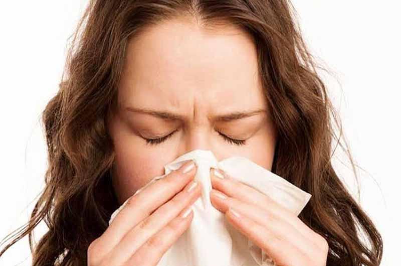 Acrivastine + Pseudoephedrine là thuốc giúp làm giảm triệu chứng do cảm lạnh, dị ứng