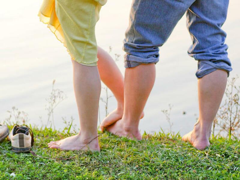 Cặp vợ chồng khỏe mạnh quan hệ thường xuyên sẽ có thai sau 1 năm