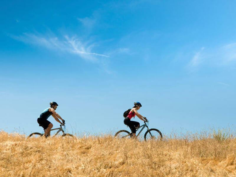Cùng nhau tập thể dục giúp bạn sơm có thai