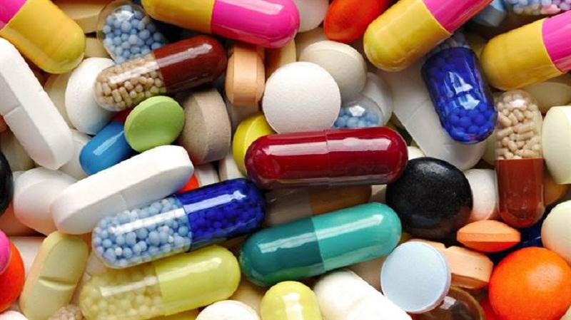 Điều trị đau thần kinh tọa bằng thuốc theo chỉ định của bác sĩ