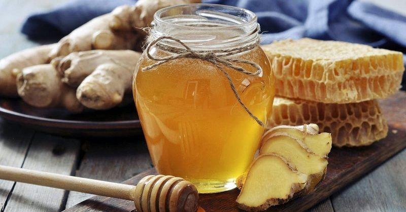 Gừng kết hợp mật ong là cách chữa yếu sinh lý khá hiệu quả