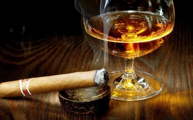 Nam giới cần tránh xa rượu, bia, thuốc lá và các chất kích thích