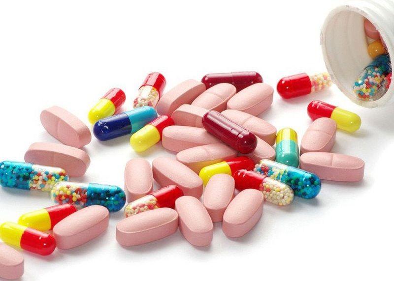 Thuốc Tây y là cách điều trị tinh trùng yếu khá phổ biến hiện nay