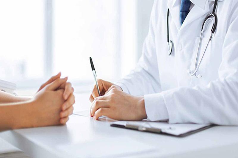 Tham khảo ý kiến bác sĩ trước khi dùng thuốc điều trị