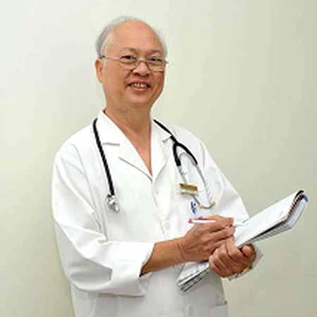 Bác sĩ cao cấp Trịnh Xuân Hội