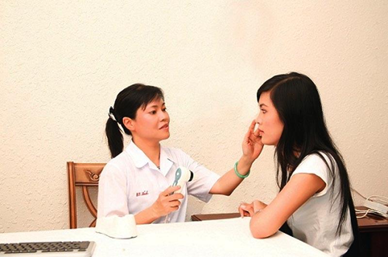 Bác sĩ Trần Ngọc Ánh bệnh viện da liễu TP. HCM