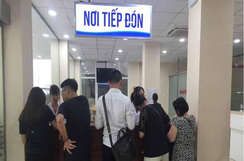Bệnh viện thực hiện khám cho cả bệnh nhân có và không có BHYT