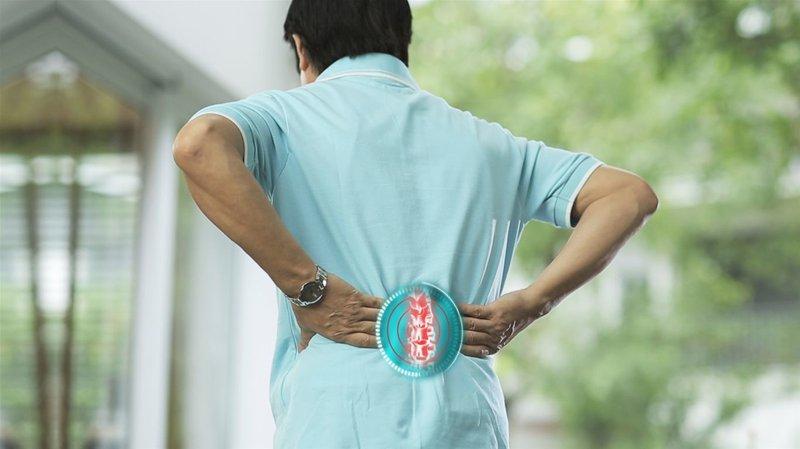 Bị gai cột sống có nên tập thể dục không?