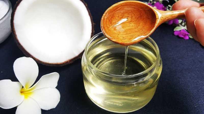 Cách trị nấm ngứa phụ khoa từ dầu dừa