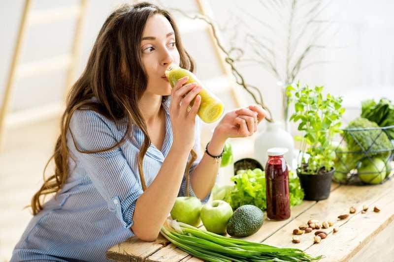 Chế độ ăn uống, sinh hoạt khoa học giúp bạn tăng cường sức đề kháng cho cơ thể