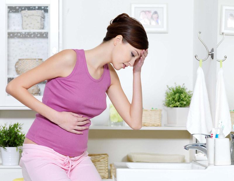 Đau bụng dưới khi mang thai tháng thứ 4 có thể là do mẹ bị rối loạn tiêu hóa