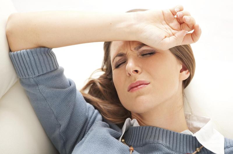 Đau đầu, mệt mỏi là tác dụng phụ có thể gặp khi dùng thuốc