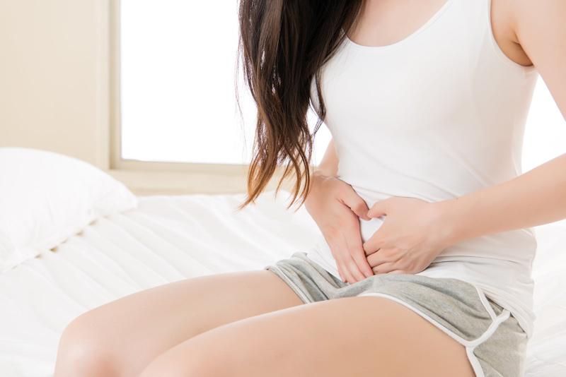 Mang thai tháng đầu bị đau bụng sẽ không nguy hiểm nếu không có hiện tượng khác kèm theo