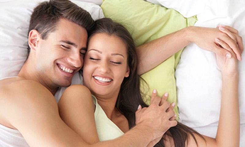 Mang thai tháng đầu có nên quan hệ không là thắc mắc của nhiều cặp vợ chồng