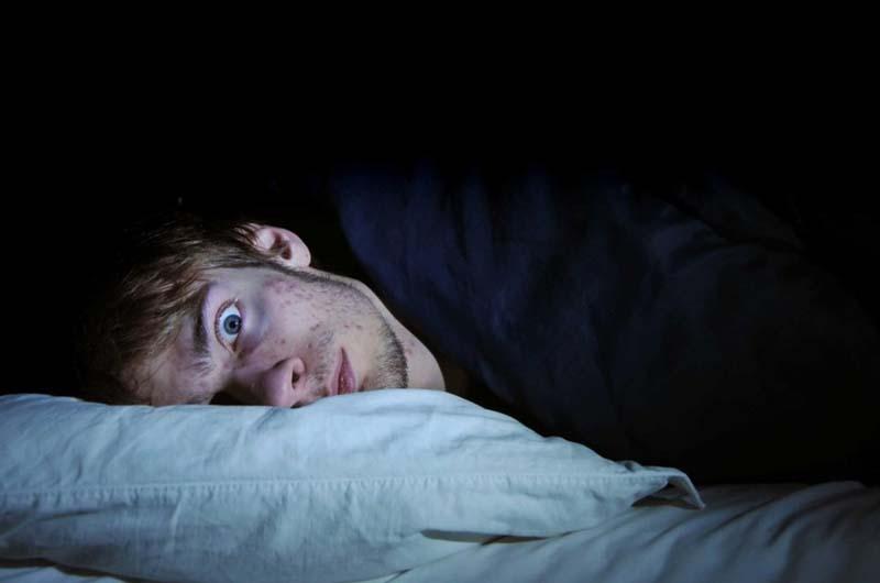 Mất ngủ là tác dụng phụ thường gặp khi dùng thuốc