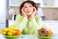 Nấm phụ khoa kiêng ăn gì?