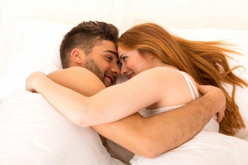 Nên quan hệ vào buổi sáng để tăng hứng khởi