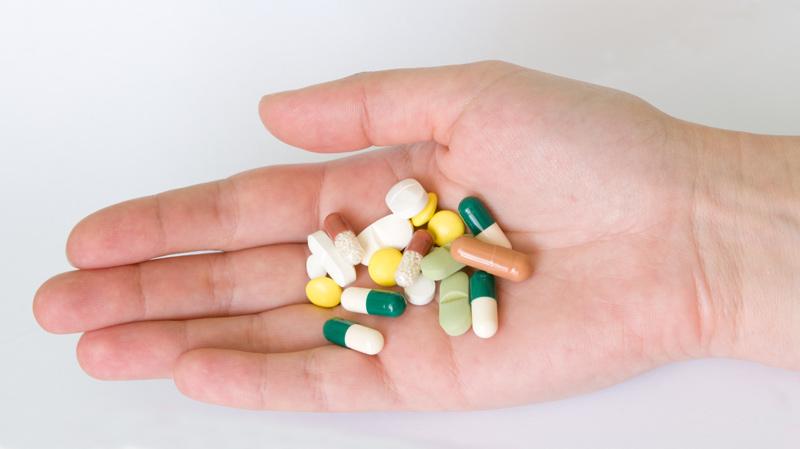 Nếu có lỡ uống thuốc kháng sinh khi mang thai 4 tuần, mẹ nên thường xuyên đi kiểm tra sức khỏe