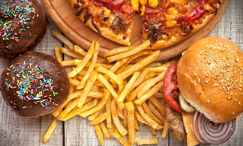 Những bữa ăn nhanh thiếu dinh dưỡng
