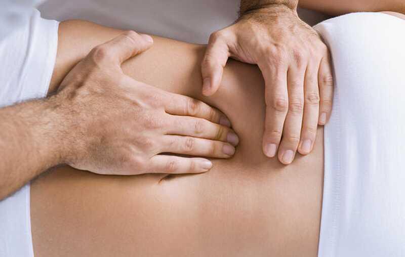 Những lưu ý khi sử dụng phương pháp massage cho người gai cột sống