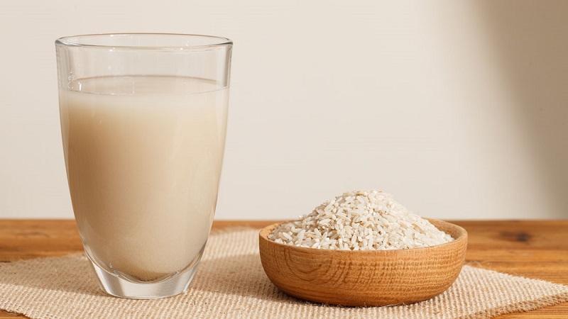 Sữa gạo lứt không chỉ giúp làm đẹp mà còn chữa bệnh gout hiệu quả
