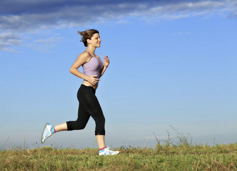 Tập thể dục thường xuyên để tăng cường miễn dịch, phòng chống lây nhiễm mụn cóc và virus HPV
