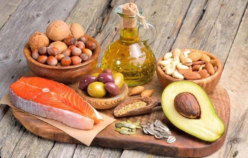 Thức ăn có tương tác với thuốc Daclatasvir không?