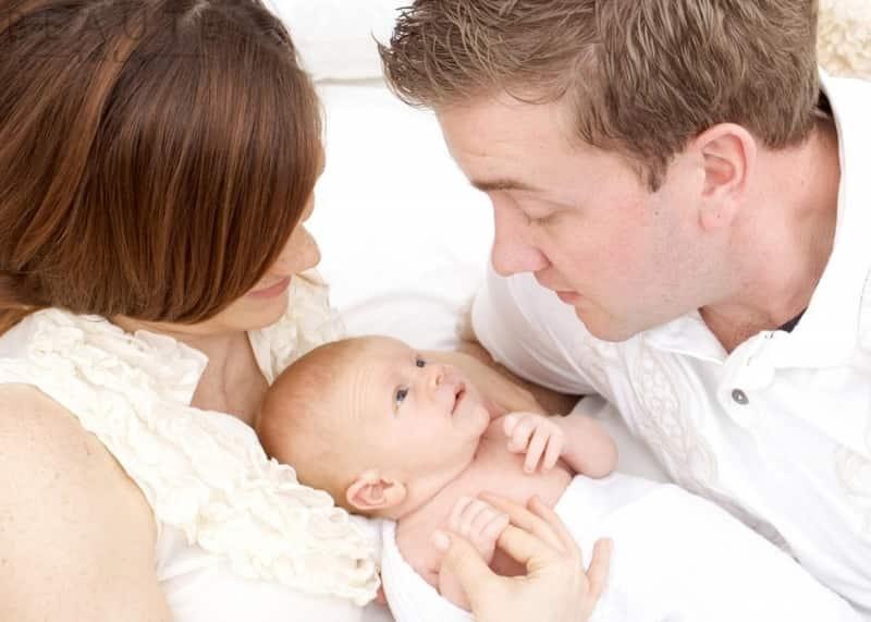 Tuổi tác ảnh hưởng rất lớn tới khả năng sinh con trai của nam giới