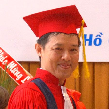 Bác sĩ Đỗ Phước Hùng