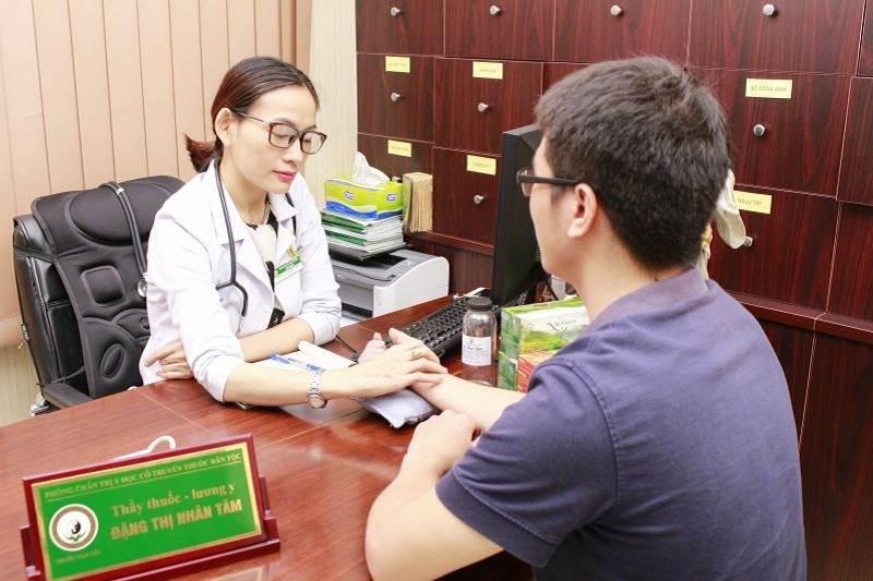 Bác sĩ Đặng Thị Nhân Tâm được nhiều bệnh nhân yêu quý vì khám chữa bệnh rất tận tình
