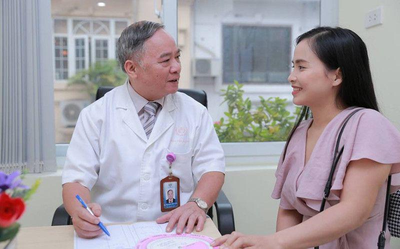Bác sĩ Nguyễn Hữu Cốc có hơn 36 năm kinh nghiệm khám chữa bệnh phụ khoa
