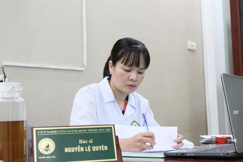 Bác sĩ Nguyễn Thị Lệ Quyên là người tận tụy và có nhiều đóng góp cho Y học cổ truyền