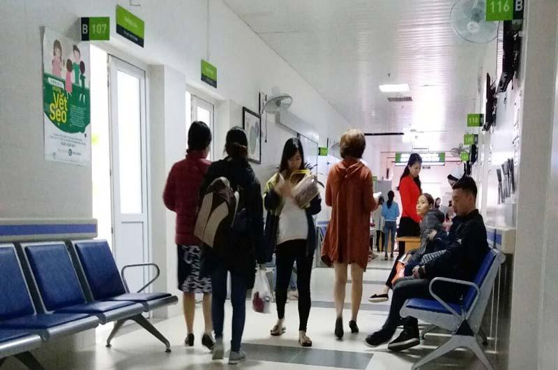 Bệnh viện khám bệnh từ thứ Hai đến thứ Bảy