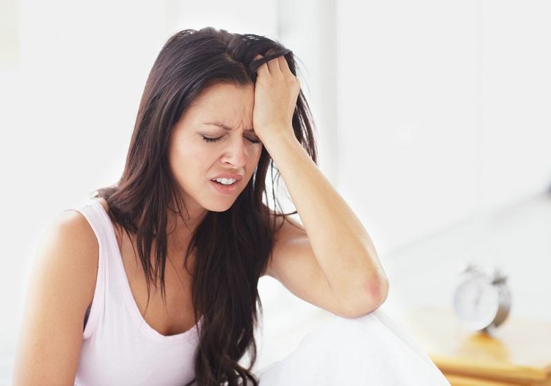Dùng thuốc Febuxostat sai cách có thể gây đau đầu nghiêm trọng