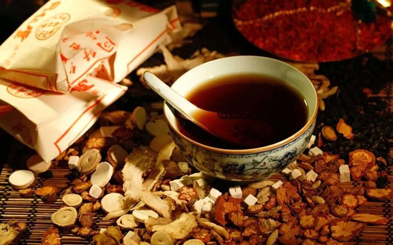 Khâu quan trọng nhất của chữa mề đay bằng Đông y là tiêu độc trừ tà