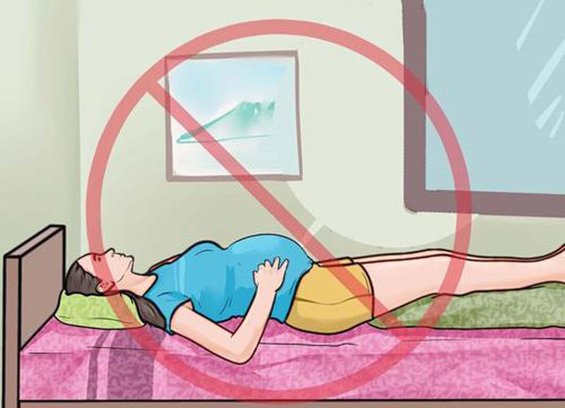 Mẹ bầu không nên nằm ngửa khi ngủ