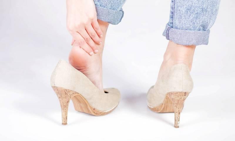 Nguyên nhân gây gai xương gót chân