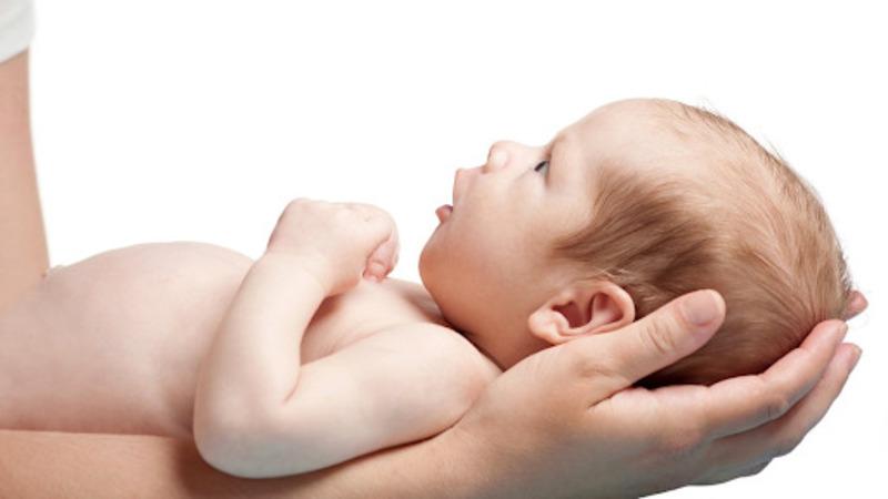 Quá ngày dự sinh bé vẫn chưa ra cần liên hệ với bác sĩ