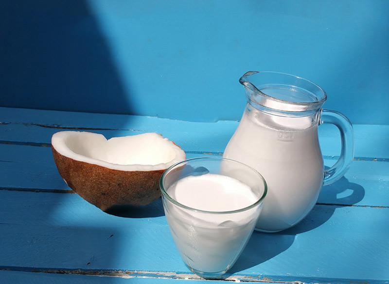 Sữa dừa rất tốt cho mẹ bầu