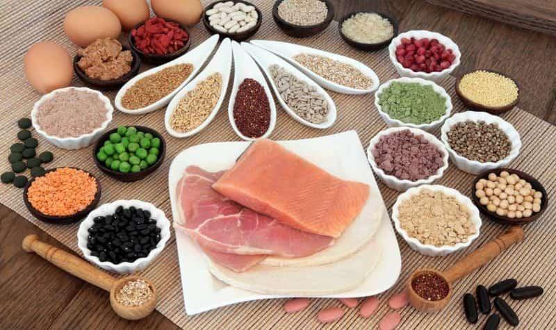 Thực phẩm giàu protein, khoáng chất, canxi được khuyến cáo sử dụng cho mẹ sau sinh mổ