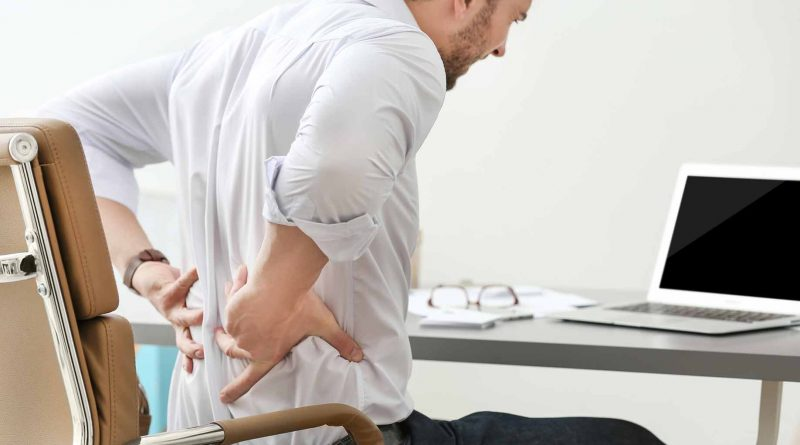 Triệu chứng bệnh gai cột sống lưng