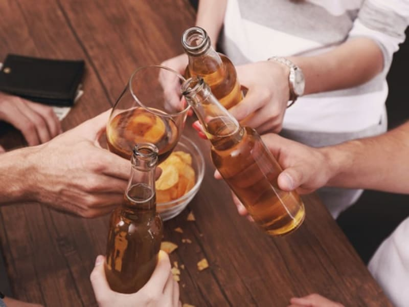 Uống ba ly rượu mỗi ngày làm tăng tỷ lệ sảy thai