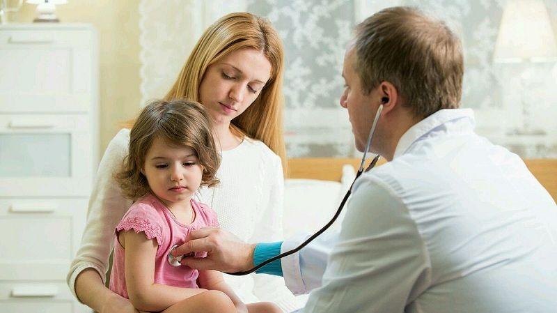 Xin ý kiến bác sĩ nếu muốn dùng thuốc cho trẻ nhỏ và người cao tuổi