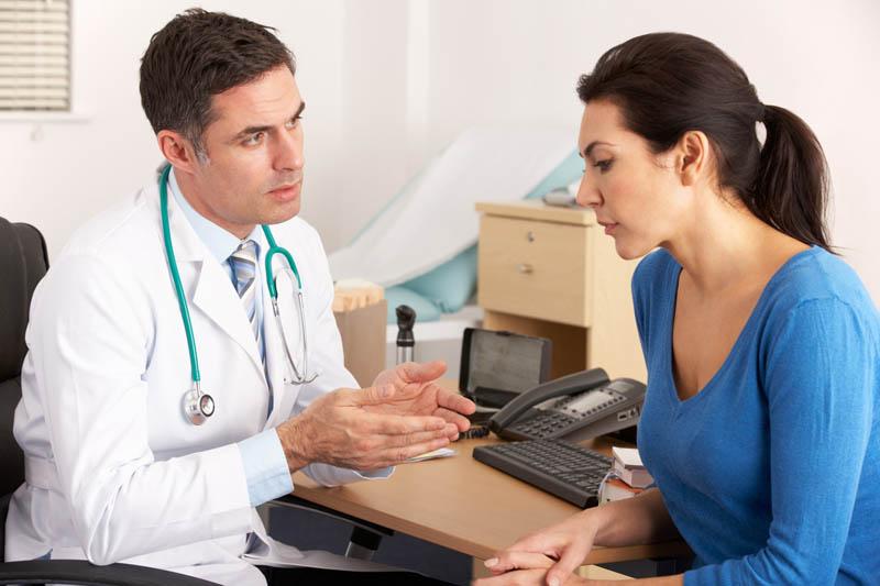 Báo cho bác sĩ biết về các vấn đề sức khỏe mà người bệnh đang gặp phải