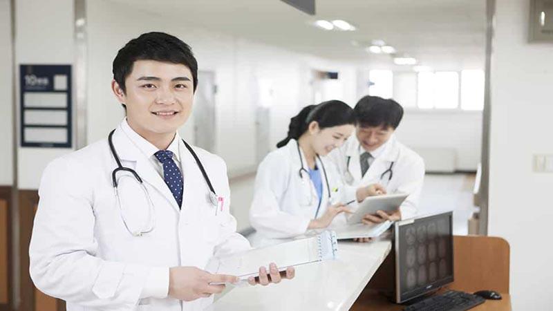 Bệnh viện làm việc từ thứ Hai đến thứ Bảy