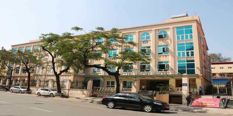 Bệnh viện Xanh Pôn hay còn được biết đến là Bệnh viện Đa khoa Xanh Pôn