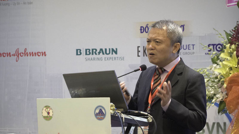 Giáo sư, Tiến sĩ Lê Ngọc Thành - Giám đốc bệnh viện