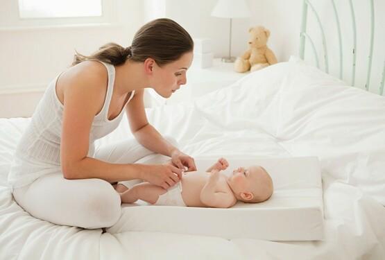 Không nên làm việc nhà quá sớm sau sinh