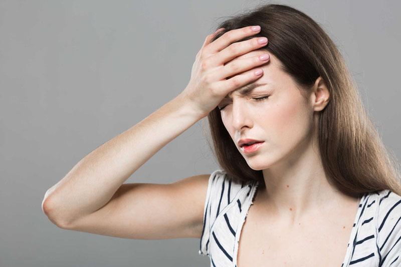 Một tác dụng phụ điển hình của thuốc Salbutamol là gây đau đầu, chóng mặt nghiêm trọng