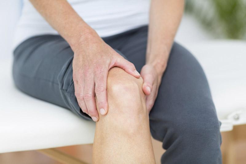 Safinamide có thể gây ra tình trạng co cứng khớp xương cho người bệnh